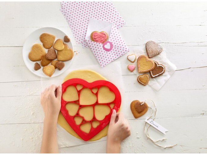 valentinske cookies vykrajovatko susienky laska