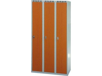 Skříně s laminovanými dveřmi