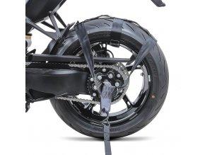 Upevňovací pás pro ukotvení zadního kola