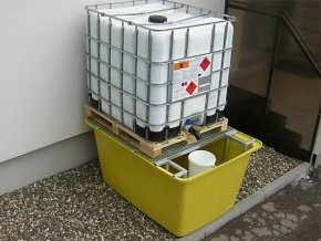 Laminátová záchytná vana pod IBC kontejner