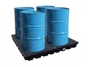 Záchytná plošina pod čtyři 200 l sudy (záchytný objem 240 l)