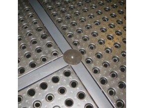 Sada spojovacích dílů k záchytné vaně (plošině)