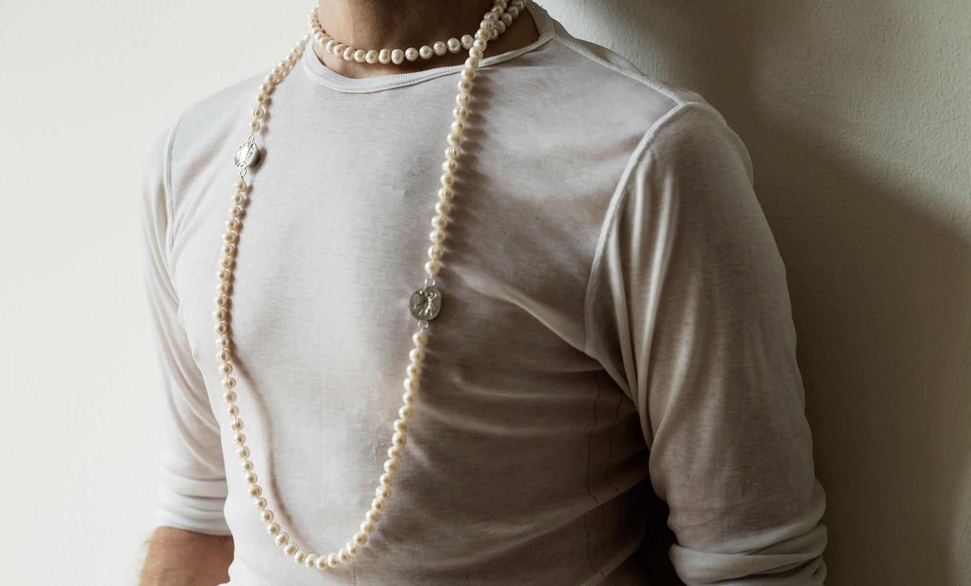 Melolontha vulgaris náhrdelník Matej