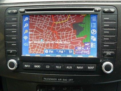 VW Passat, Golf, Caddy autorádio navigace