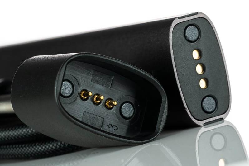 Nepovedený nabíjecí kabel e-cigarety Logic Compact - Logic Vapes