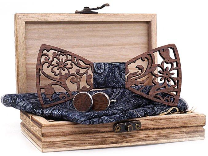 dreveny svatebni motylek tmavy elegantni