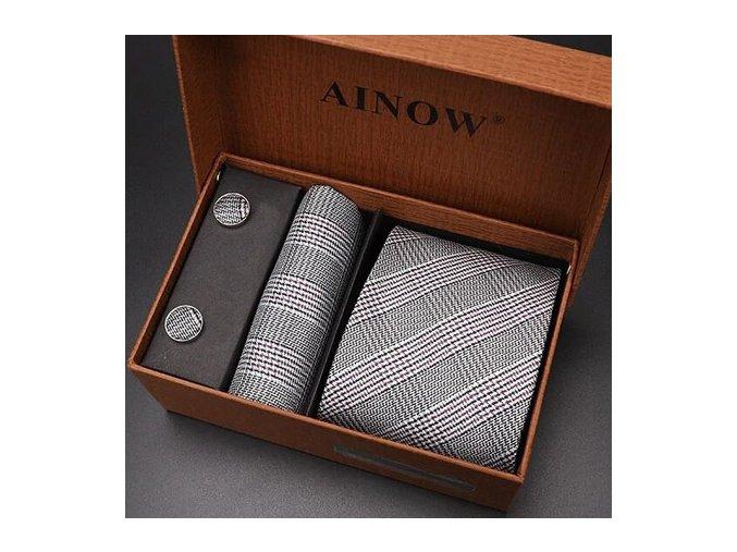 karovany kravatovy set manzety kapesnicek