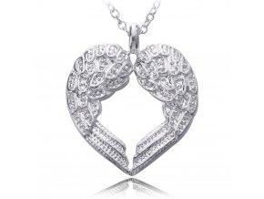 Atraktivní stříbrný přívěsek s řetízkem - srdce z křidýlek