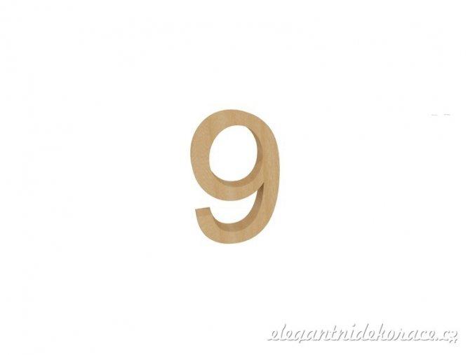 číslo 9 přírodní
