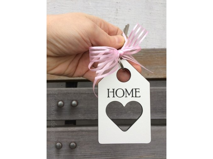 klíčenka dům se srdcem