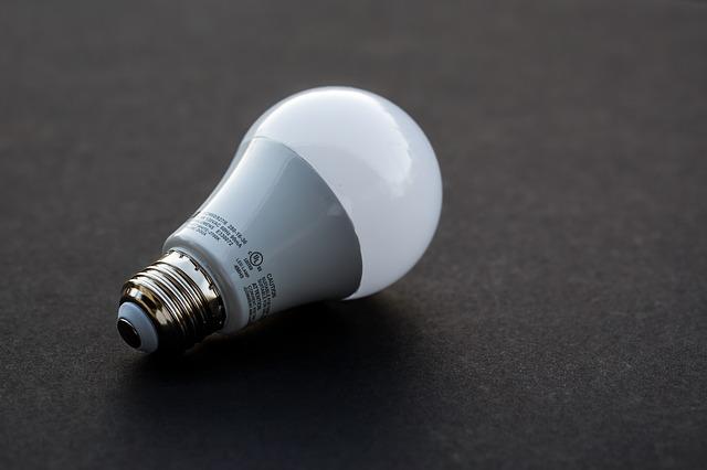 light-bulb-3591126_640