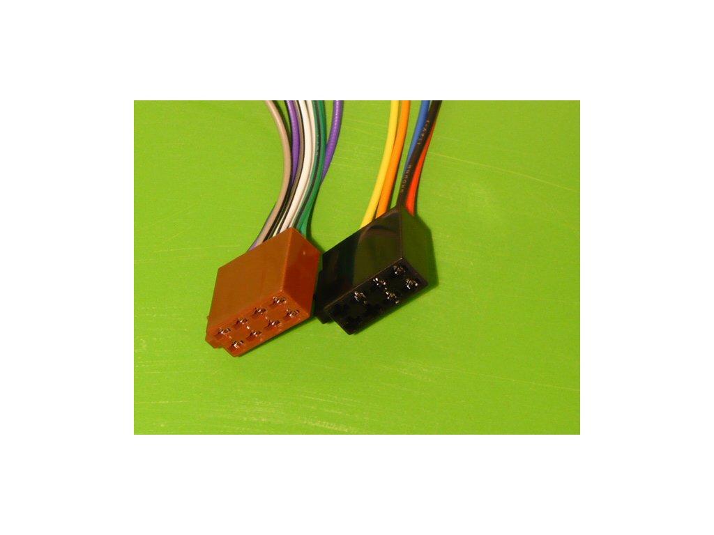 Kabel k autorádiu zásuvka /vestavěný v autě/ ISO