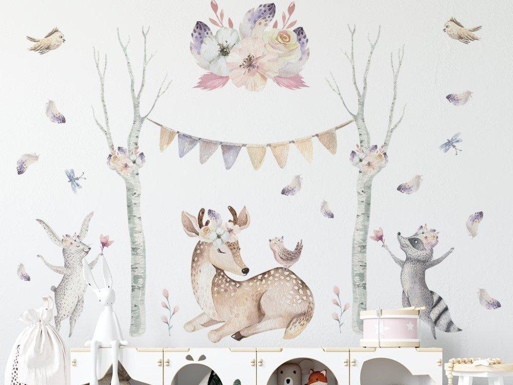 Nálepka na stěnu dětského pokojíčku s kouzelnými lesními zvířátky