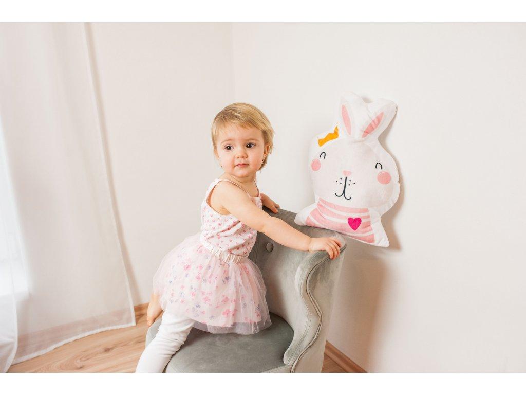 polštářek králík s korunkou