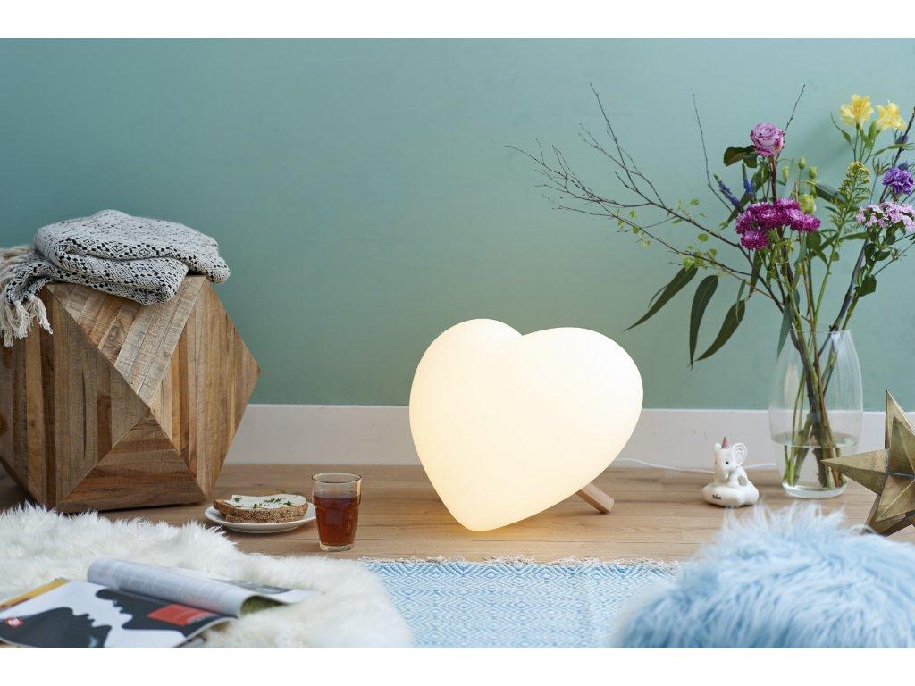 lampa srdce rozsvícené