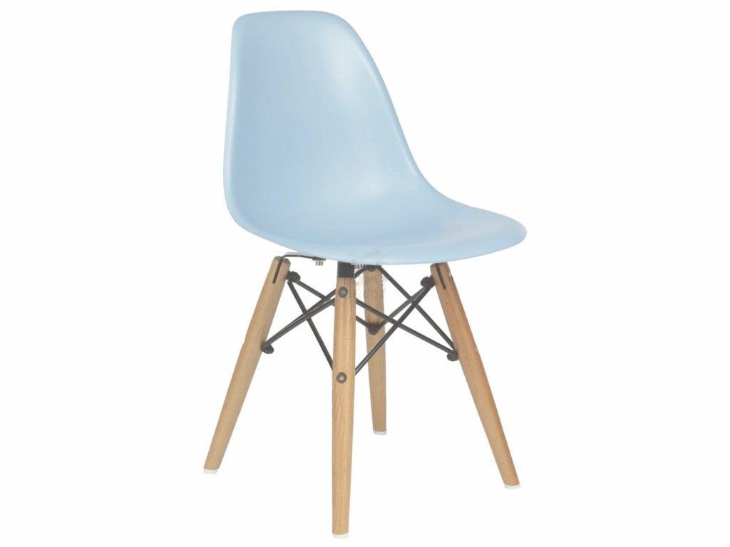 Jednoduchá dětská židlička ve skandinávském stylu