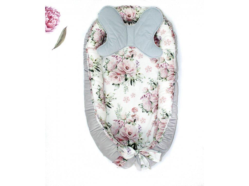 hnízdečko a polštářek květiny