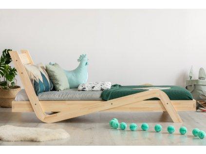 Dřevěná dětská postel CikCak s opěrkou