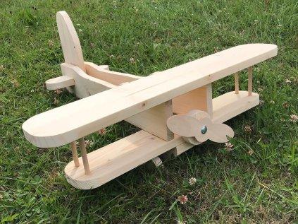 dětské dřevěné hrací letadélko