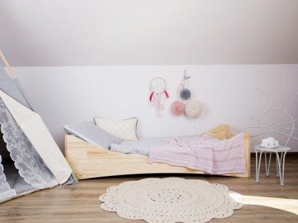 Dětská postel pro kluky i holky z kvalitního dřeva easy line