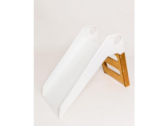 klouzačka dětská plastová bílá dřevo