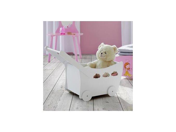 Stylový vozík pro panenky v retro designu se bude vašim dětem hodit i k praktickému převážení dalších hraček .