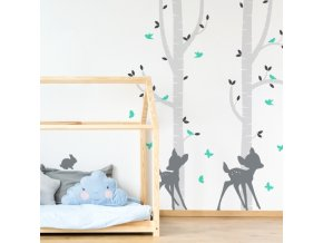 Designovou samolepku na stěnu v jemných, pastelových barvách, připomínající stínové obrázky, příjemně sladíte s každým interiérem
