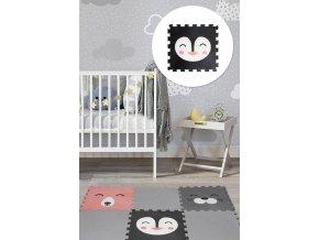 Měkký kobereček složený z pěnových dílků s obrázkem zvířátka zahřeje dětská chodidla.