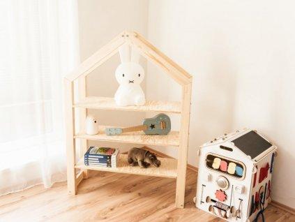 Kiváló és stílusos házikó könyvespolc nemcsak a gyerekszobába