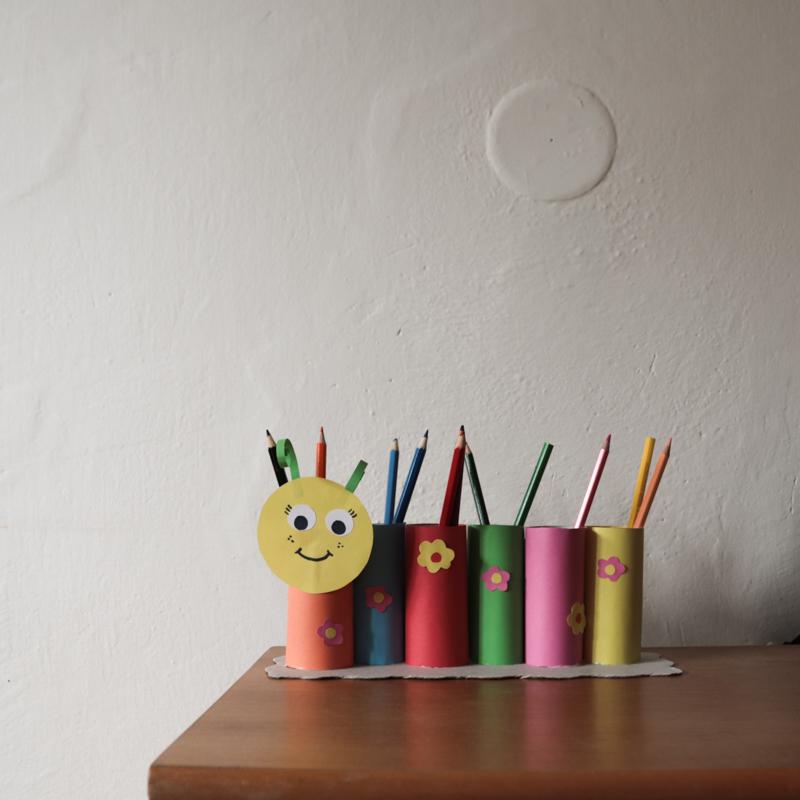 DIY - Húsenica na farbičky