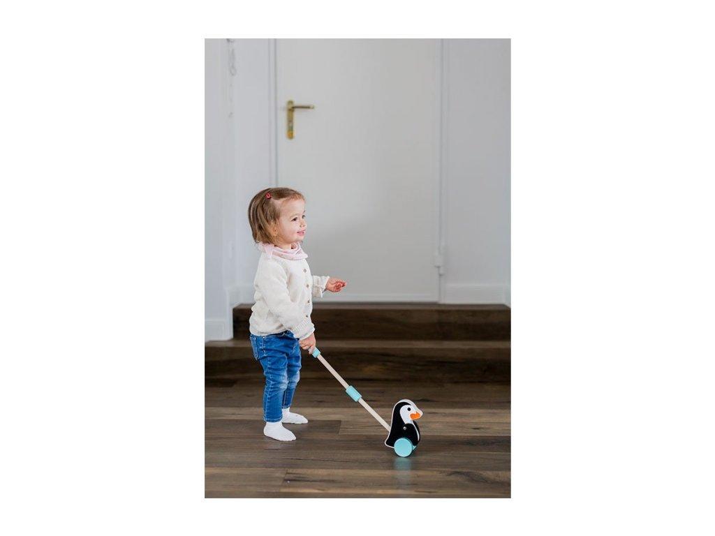 motoricka hračka tučniak na tyči pre deti