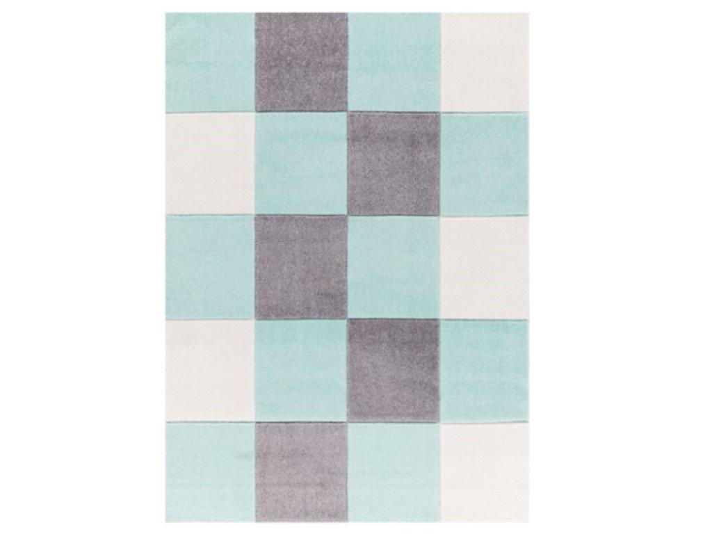 modrý koberec s moderným vzorom šachovnice