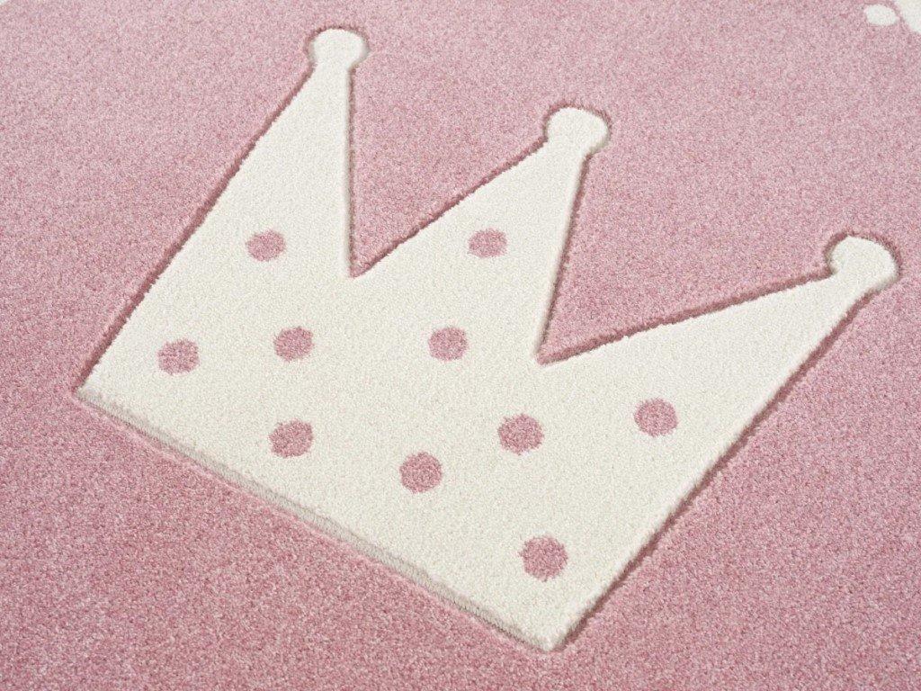 koberec v detskej izbe crown