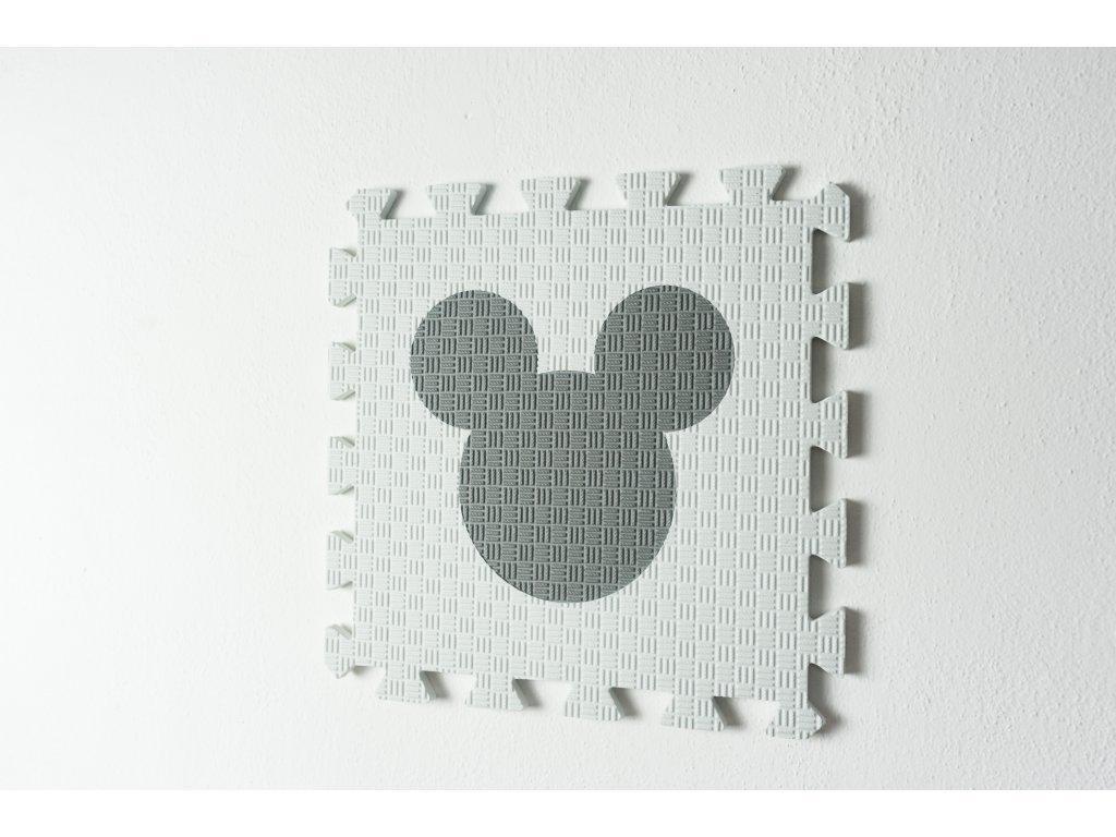 myšiak puzzle podložka biela so svetlosivým výrezom1