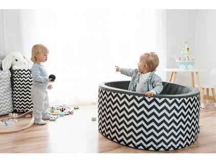 detsky bazen s loptickami do interieru
