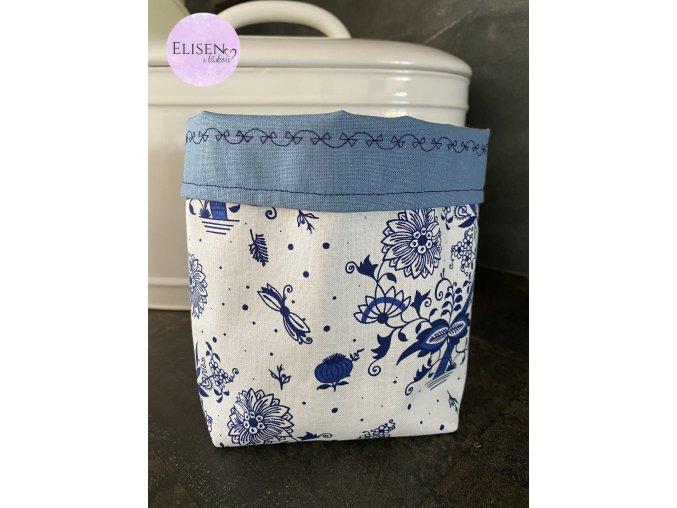 Látkový košík modrý s kytičkami se světle modrou malý (2) logo