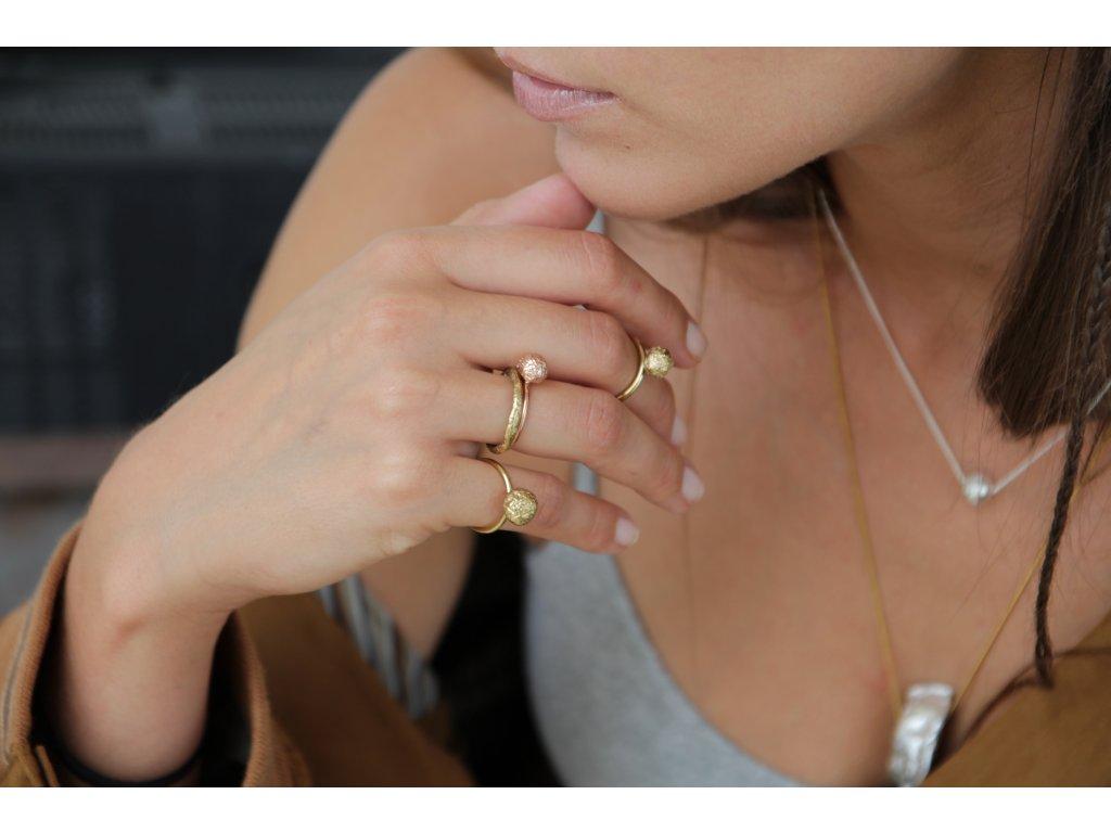 NEW ARCHEOLOGY Artefakt zlatý prsten kulička Au 585/1000