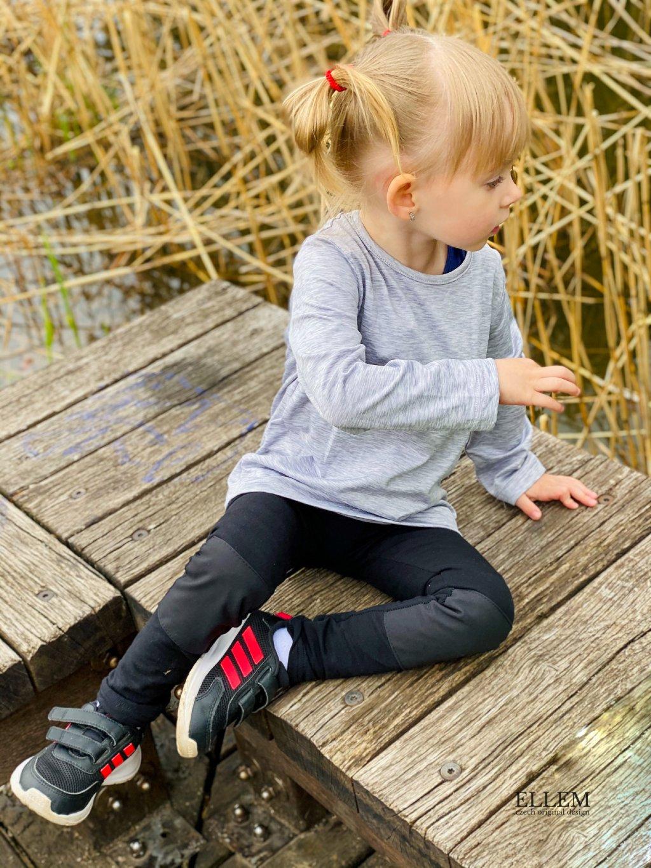"""alt=""""dívčí černé legíny s okěruvzdornými koleny"""""""
