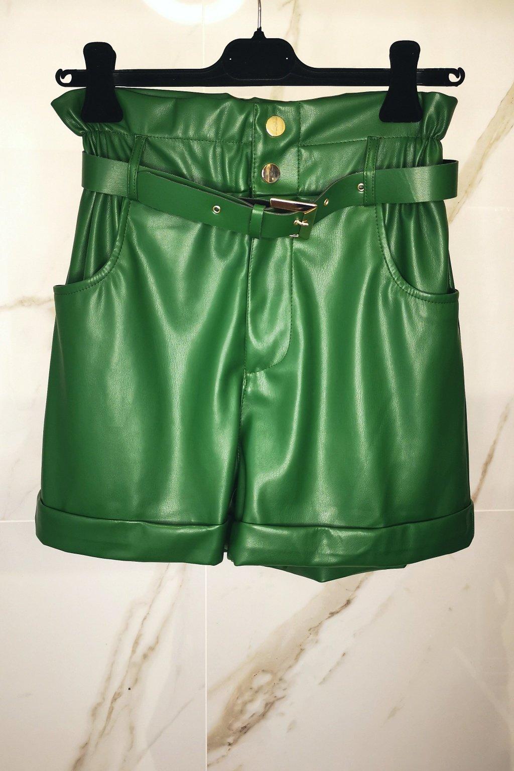 Koženkové nohavice krátke zelené