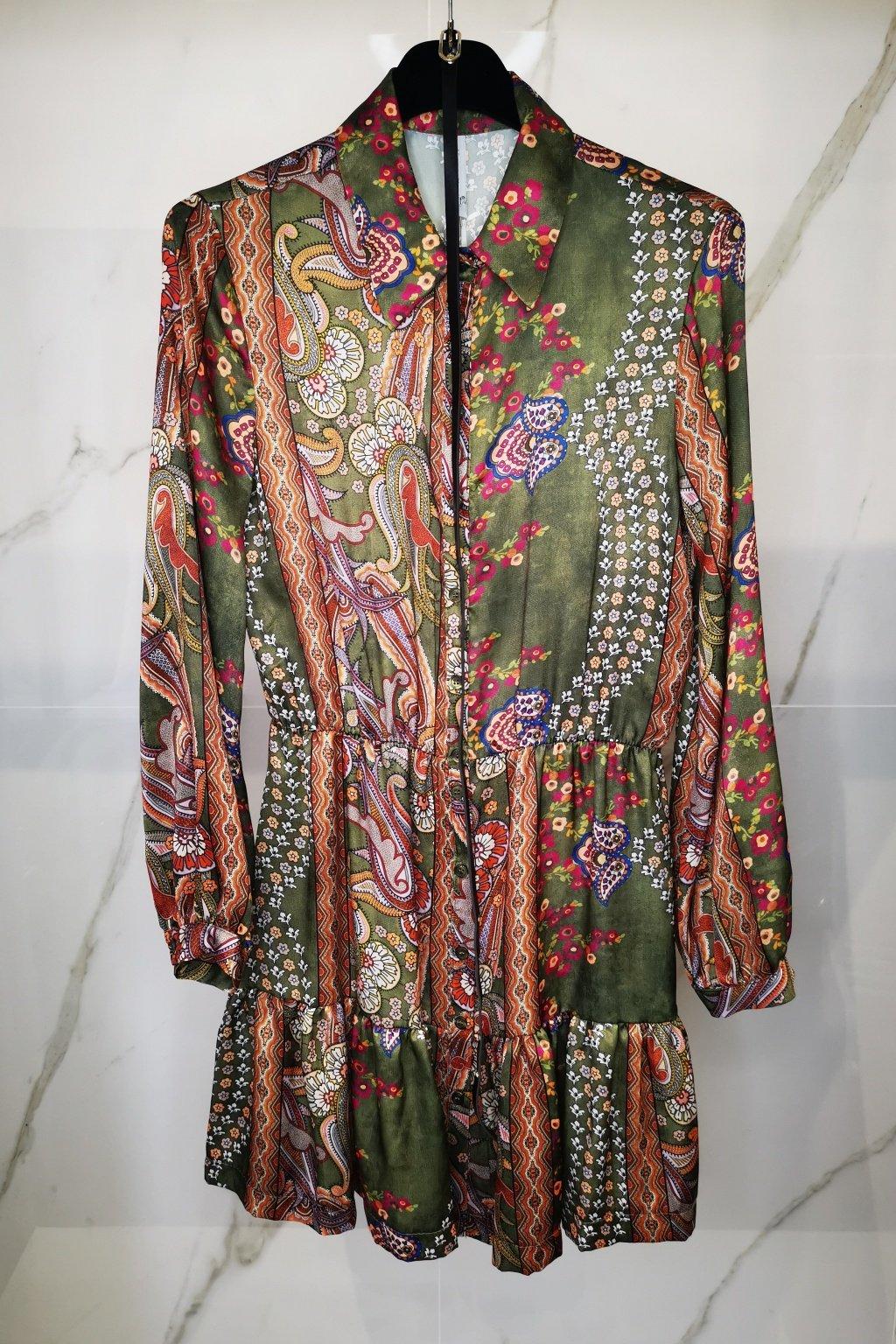 Šaty s opaskom zelené
