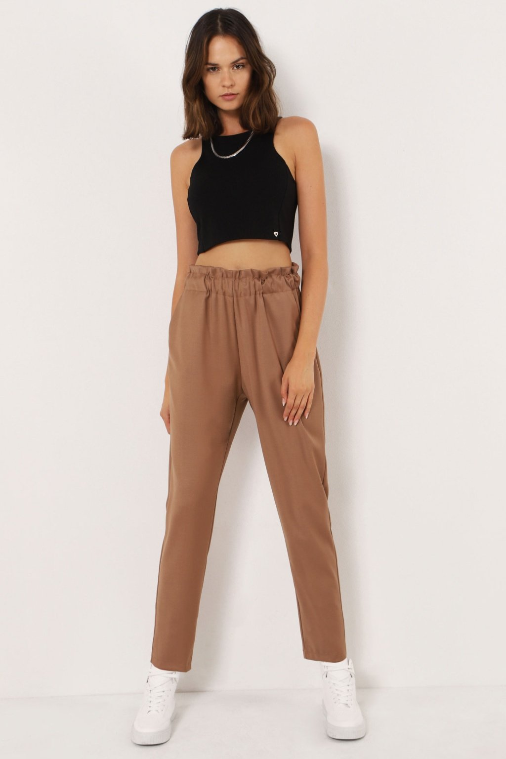 Nohavice s elastickým pásom hnedé