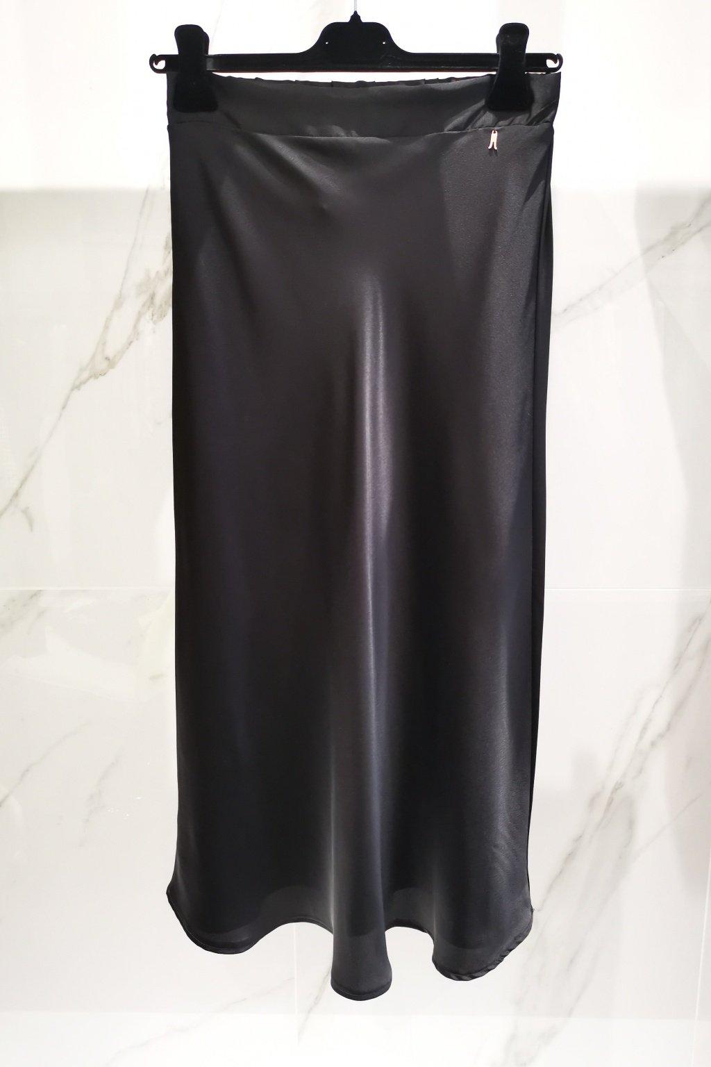 Saténová sukňa čierna