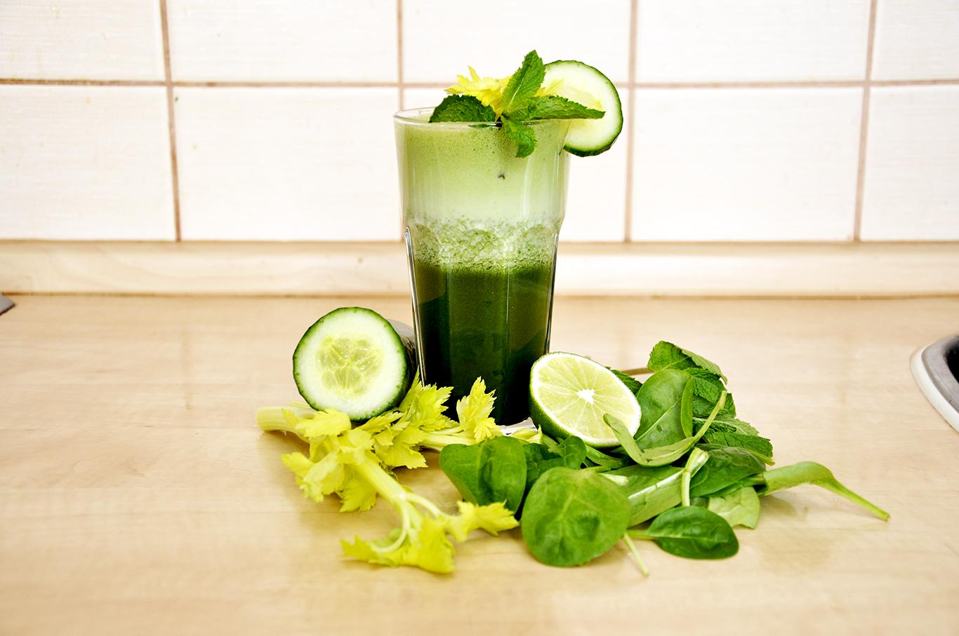 Recept - zelená šťáva se zeleným ječmenem