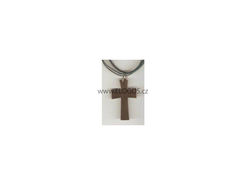 náhrdelník s dřevěným křížem