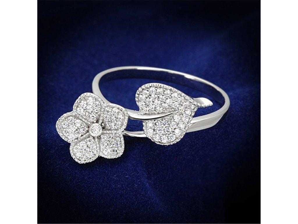 strieborny prsten so zirkonmi str114