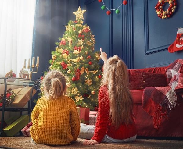 Proč si pořídit umělý vánoční stromek? Má to hned několik výhod