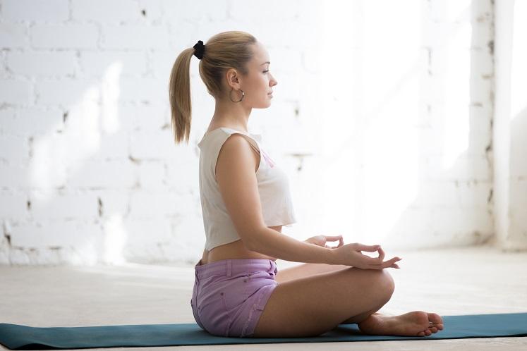 meditation-in-sunny-room-PNEU8A7