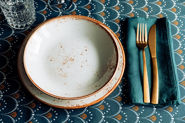 festive-table-place-for-thanksgiving-or-christmas-S48698Q