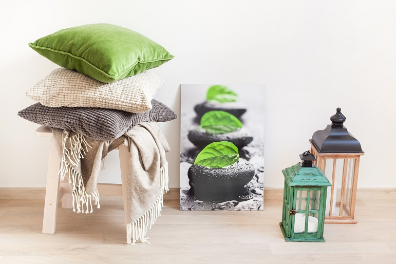 gray-and-green-cushions-throw-cozy-home-mzl9ygv-min-min_1