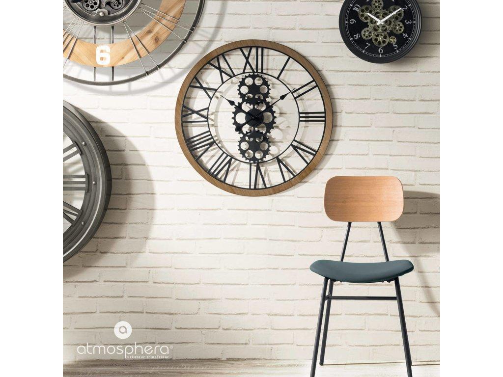 Nástěnné hodiny, kousek vyroben v moderním stylu ozdobí každou místnost v bytě